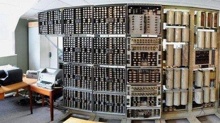 El ordenador más antiguo del mundo, 'La bruja', vuelve a encenderse
