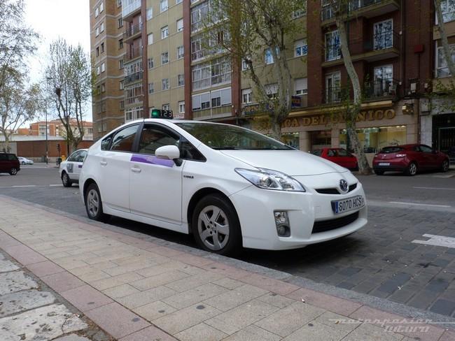 taxi prius