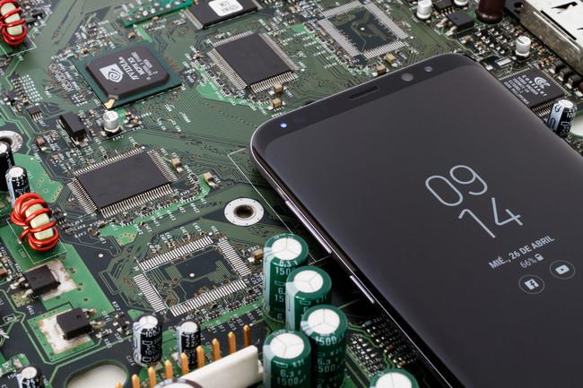 Samsung apunta al trimestre más exitoso de su historia, y Apple tendrá buena culpa de ello