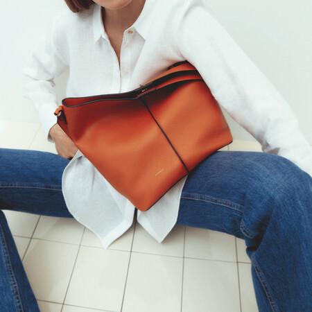 Fichamos siete bolsos con un 25% de descuento de Uterqüe con los que sumar mucho estilo a nuestros looks