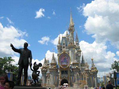 ¿Por qué la gente habla más de cheerios que de Disneyworld?