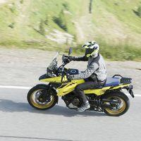 La Suzuki DL1050 V-Strom ya tiene precio: desde 13.029 euros y con casco de regalo para los 50 primeros