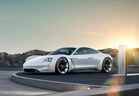 El primer Porsche 100% eléctrico se llamará finalmente Porsche Taycan
