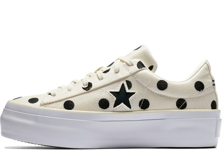 One Star Platform Embroidered Dots