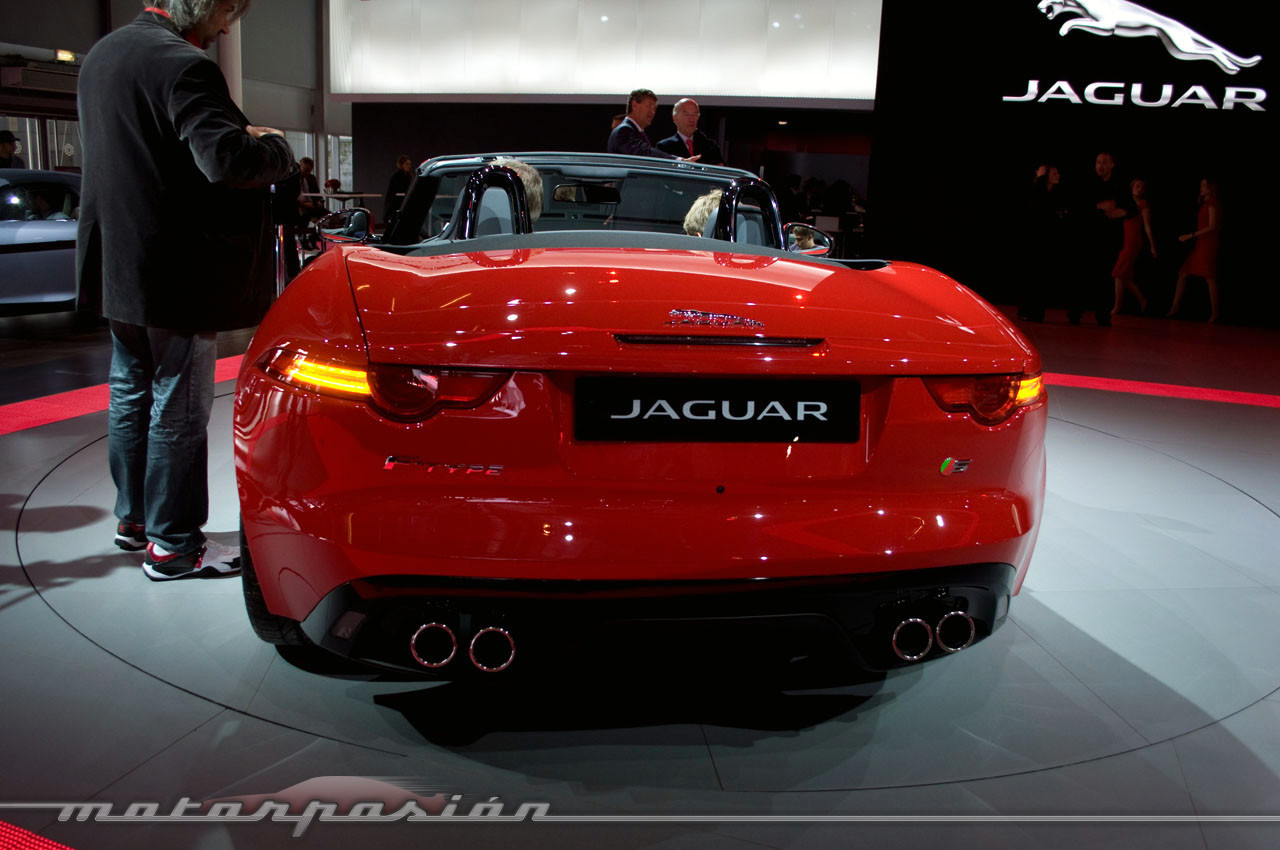 Foto de Jaguar F-Type en el Salón de París (7/10)