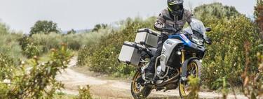 Probamos la BMW F 850 GS Adventure: una moto trail de larga distancia para el carnet A2 desde 13.200 euros