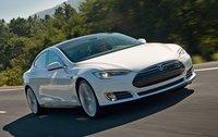 El Tesla model S podrá cambiar su batería en tan solo 90 segundos