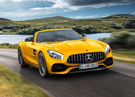 Mercedes Benz Amg Gt S Roadster 2019 1280 04