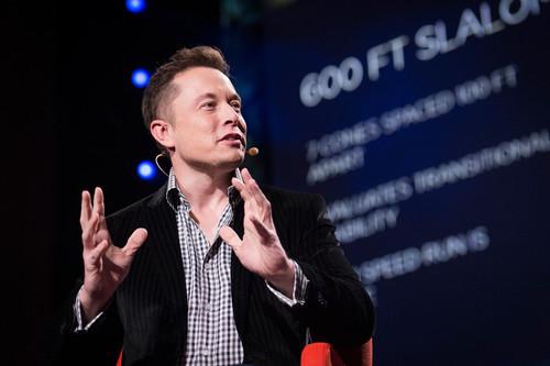 Elon Musk: esa fuente inagotable de ideas y proyectos que van desde un robot para el hogar hasta una colonia en Marte
