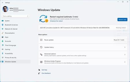 Windows 11 muestra para algunos usuarios un indicador de tiempo que avisa cuanto tardará en actualizarse un equipo