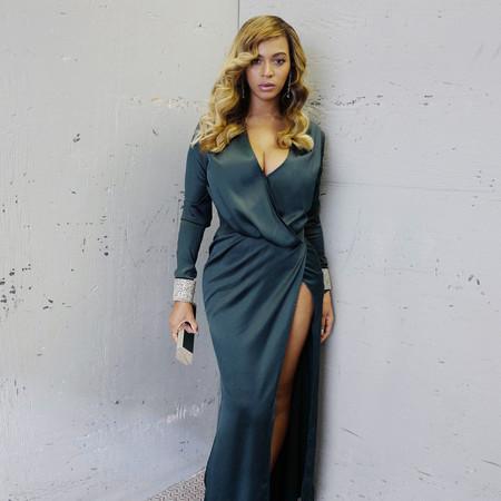 Llegó el día en que Beyoncé vistió con una prenda low-cost (¡tú también puedes lucir como ella!)