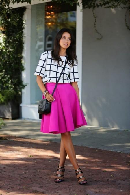 Faldas midi, la opción con glamour para recibir el otoño