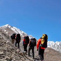 Cada vez más montañistas mienten sobre su ascenso al Everest. Y Nepal ha decidido castigarles
