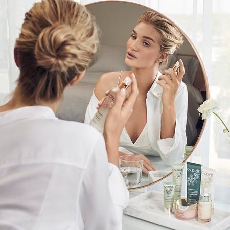 Estas esencias son perfectas si quieres añadir un plus de tratamiento a tu rutina facial (tu piel te lo agradecerá)