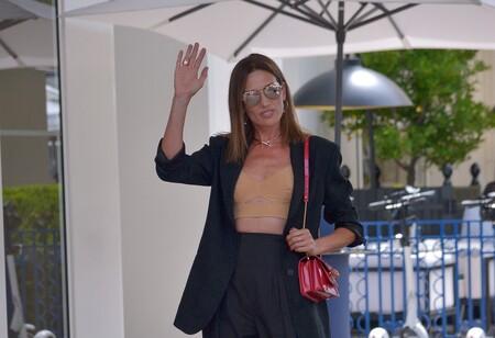 Nieves Álvarez deslumbra en el Festival de Cannes 2021 con sus looks de día y de alfombra roja con joyas valoradas en 2 millones de euros