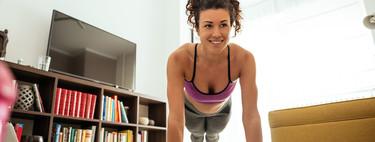 15 minutos para ponerte en forma en Navidad: entrenamiento de cardio en el salón