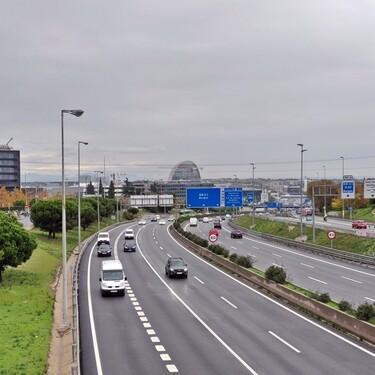 El Gobierno se reafirma: todos tendremos que pagar por las autovías que pasarán de gratis a un modelo de peaje o tarifa plana
