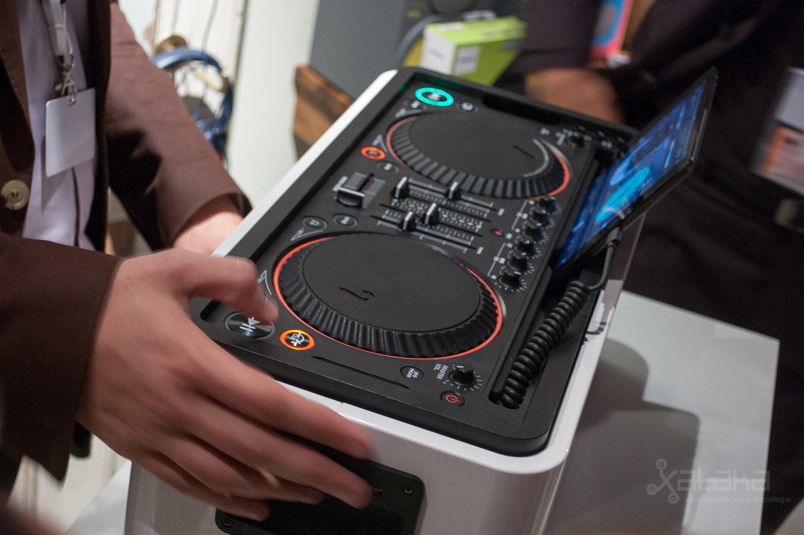 Foto de Philips M1X-DJ en IFA 2013 (2/6)
