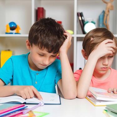 Ante la vuelta al cole, ¿has revisado ya la vista de tus hijos? No detectar problemas visuales podría acarrearle dificultades de aprendizaje