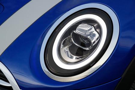 MINI Cooper S Cabrio 2019 luces delanteras