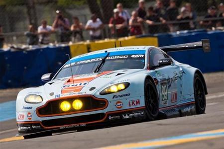 Paneles solares para los Aston Martin Vantage V8 GTE