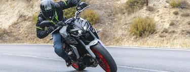 Probamos la Yamaha MT-09: una moto desnuda con 115 CV de emociones a la japonesa