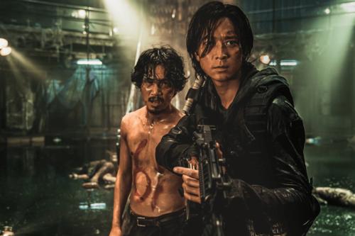 Estrenos de cine: Isabelle Huppert y la secuela de 'Tren a Busan' llegan a unas salas dominadas por los fatalities de 'Mortal Kombat'