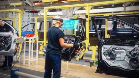 Volvo Cars Microsoft Hololens Experience 03 1024x576
