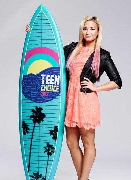 Demi Lovato mechas rosas
