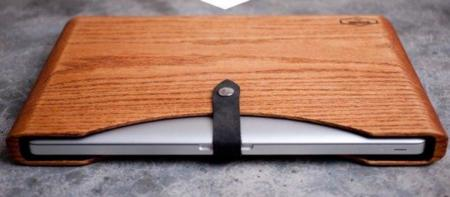 Blackbox, funda de madera para el Macbook Pro