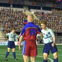 FIFA 2001 tiene ya casi 20 años y su público se ve mejor que el público artificial de los partidos de LaLiga