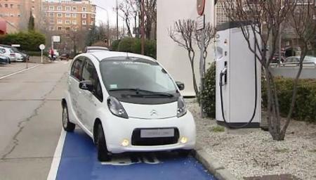 La energía de frenado del Metro de Madrid ya se aprovecha para recargar vehículos eléctricos