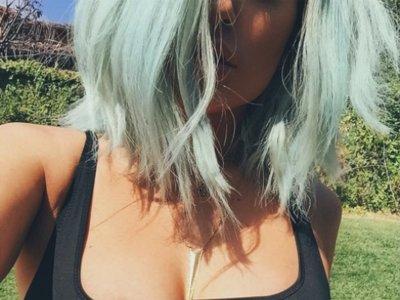 ¡Toma escotazo de Kylie Jenner! Si es que no hay nada como el verano para enseñar carnaza
