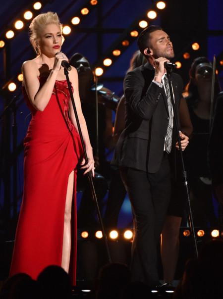 Gwen Stefani Adam Levine Grammy 2015 Concierto