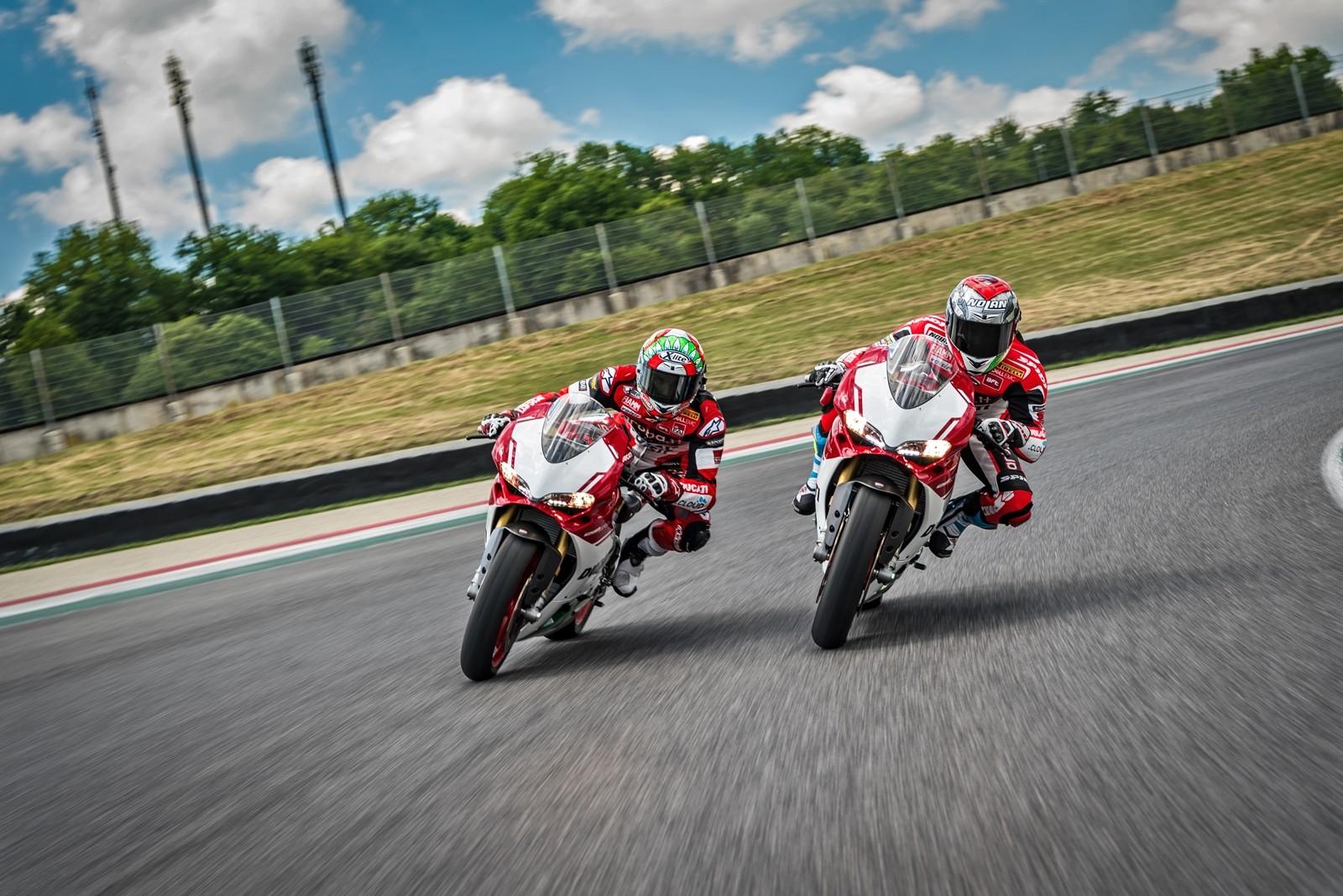 Foto de Ducati 1299 Panigale R Final Edition (20/58)