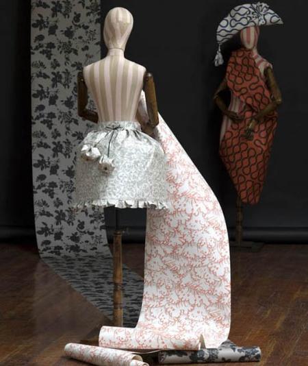 Paredes de lujo con papel pintado de Vivienne Westwood