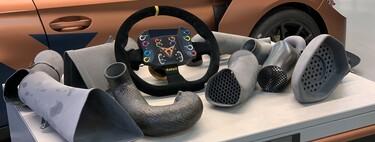 """""""Ya no concebimos fabricar un coche sin la ayuda de la impresión 3D"""": así utilizan esta tecnología Seat y HP para sus pruebas de alto rendimiento"""