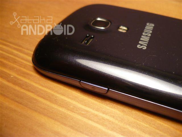 Foto de Samsung Galaxy SIII Mini (22/28)