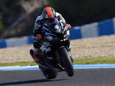 Tom Sykes vuelve a dominar la primera jornada de entrenamientos en Jerez