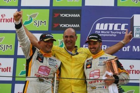 Gabriele Tarquini y SEAT son los campeones del Mundo de Turismos