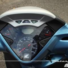 Foto 24 de 41 de la galería honda-scoopy-sh300i-prueba-valoracion-y-ficha-tecnica en Motorpasion Moto