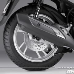 Foto 50 de 81 de la galería honda-scoopy-sh125i-2013-prueba-valoracion-galeria-y-ficha-tecnica-fotos-detalles en Motorpasion Moto