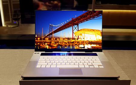 Samsung nos muestra el primer panel OLED del mundo de 15,6 pulgadas con resolución 4K diseñado para portátiles