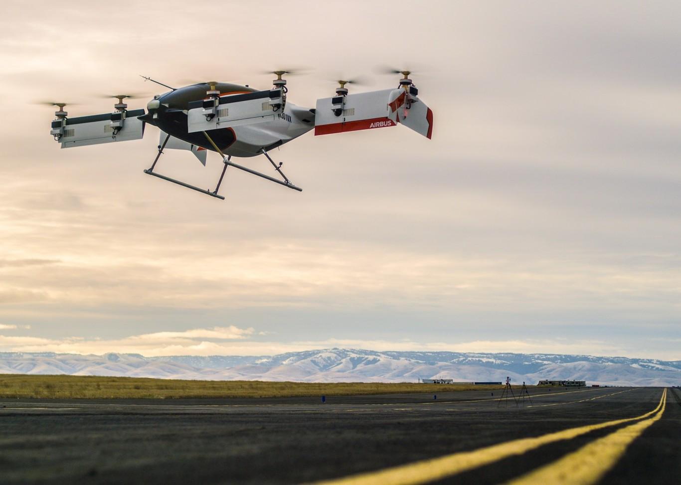 El VTOL de Airbus ya vuela a más de 90 km/h y lo podemos ver en vídeo despegando y aterrizando en vertical
