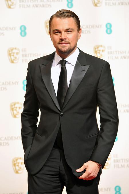 Leonardo DiCaprio corbata esmoquin