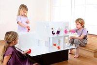 Una casa de muñecas muy moderna