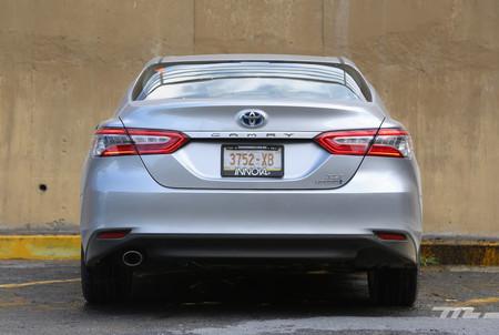 Toyota Camry Hybrid 2019 5