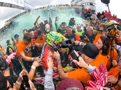 Pleno de KTM en Assen: triunfo para Herlings y Prado, y ¡novena corona mundial de Cairoli!