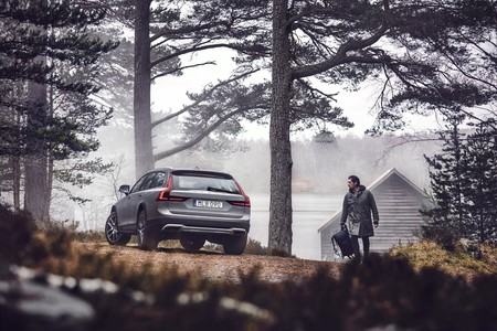 Volvo V90 Cross Country 8