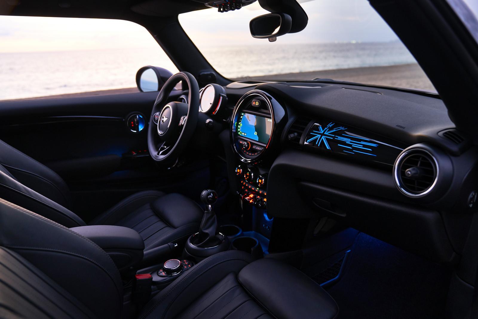 Foto de MINI Cooper S Cabrio 2019 (prueba) (38/61)